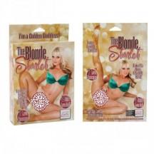 Блондинка с розовыми губками