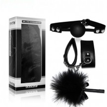 Набор для ролевых игр Deluxe Bondage Kit (наручники, тиклер, кляп-шар)