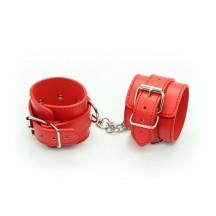 Красные наручники с карабином