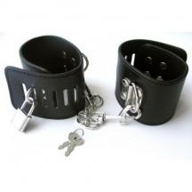 Наручники бондажные чёрные на карабине с цепочкой