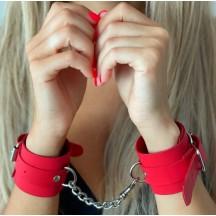 Классические красные наручники из натуральной кожи