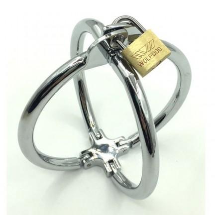 Крестовые наручники из металла на замке